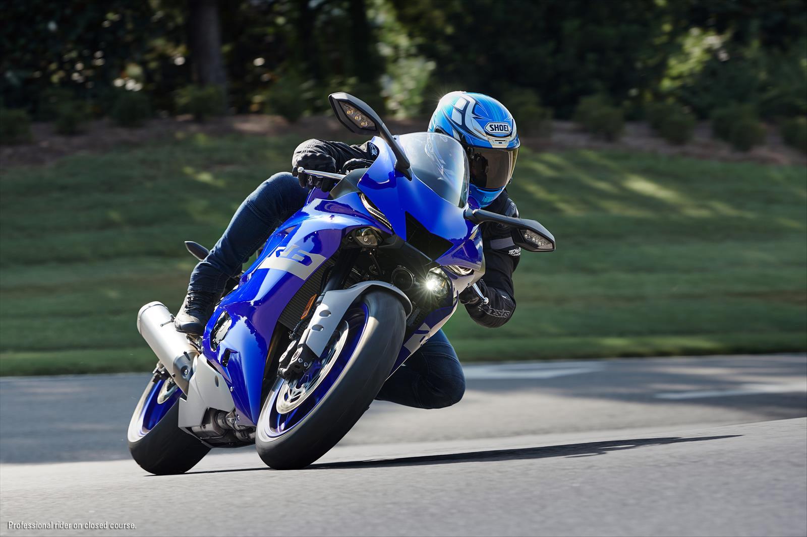 2020 Yamaha R6 on a Race Track