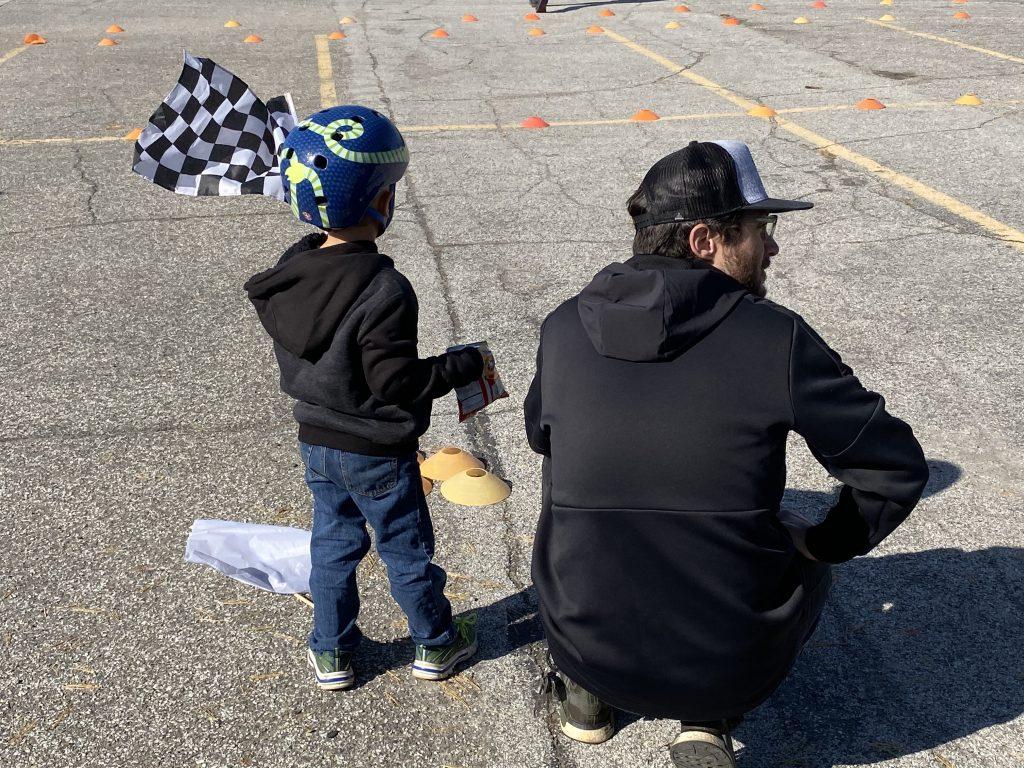 minibike flag waving kid