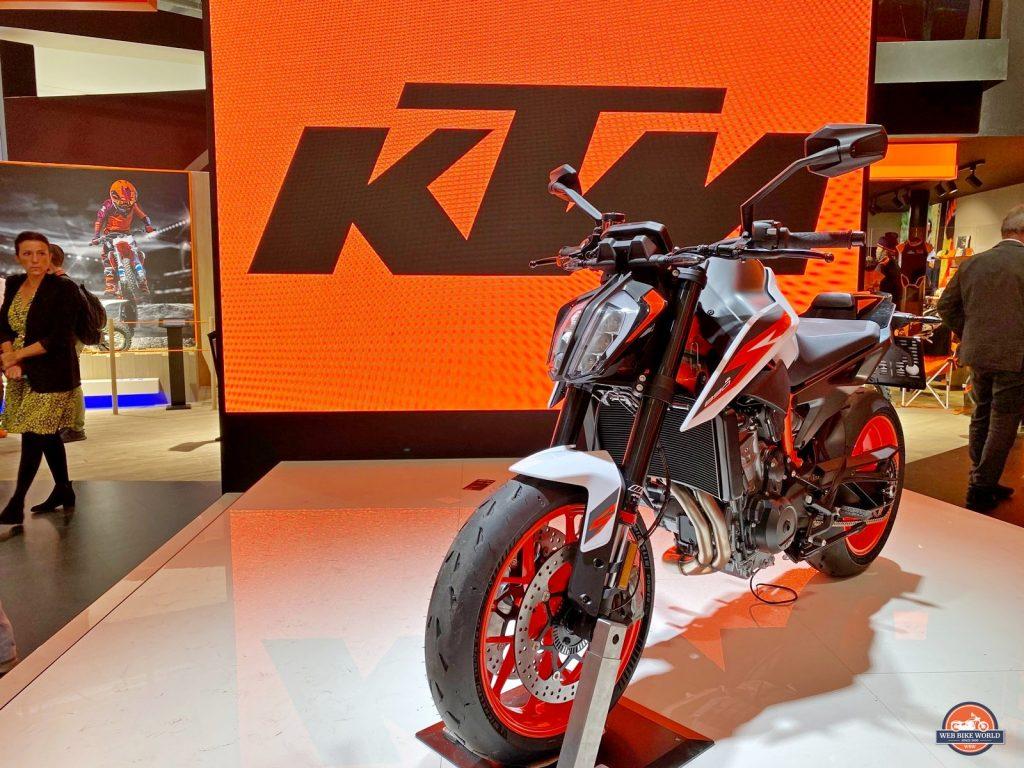 The 2020 KTM 890R Duke.
