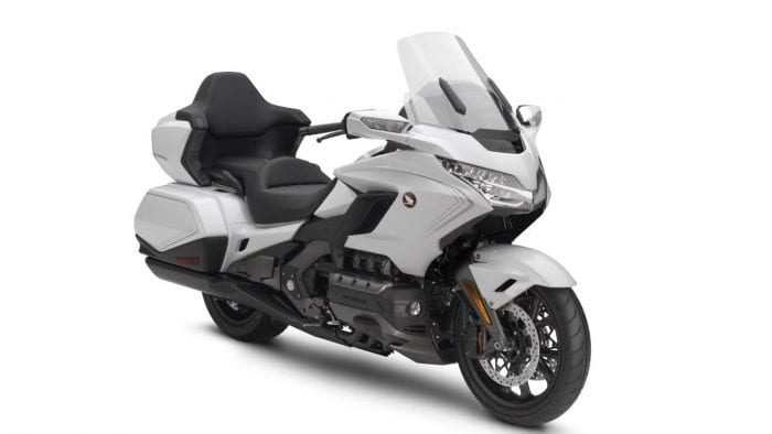 2020-honda-goldwing-tour-DCT-05
