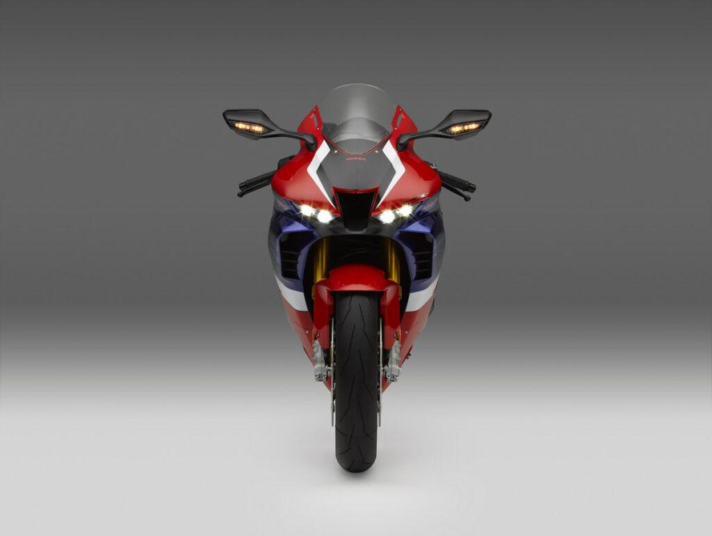 21 Honda CBR1000RR-R Fireblade SP front high beam