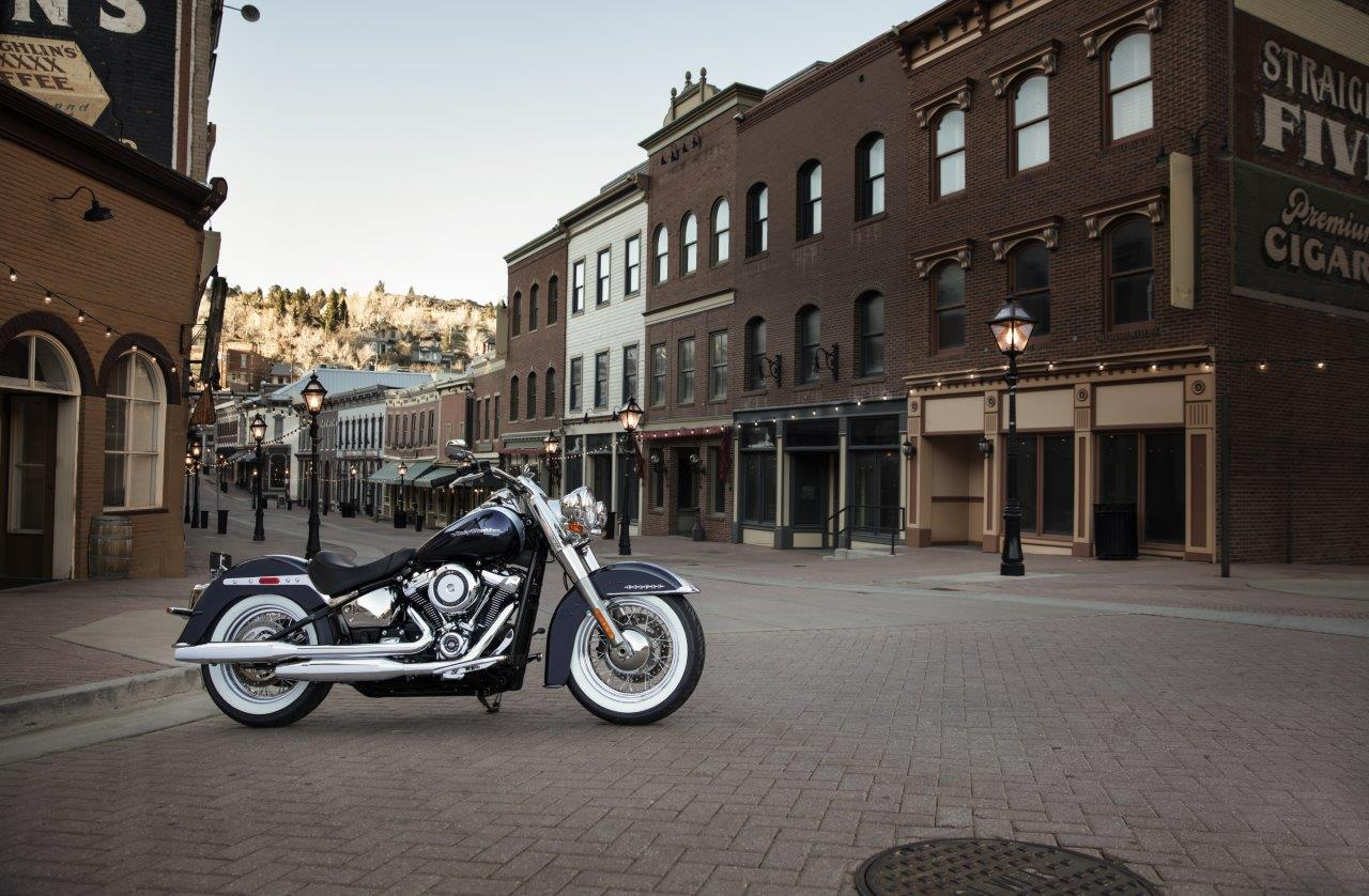2020 Harley-Davidson Softail Deluxe
