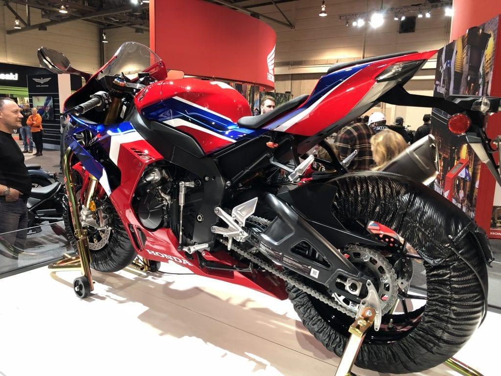 2021 Honda CBR1000RR-R Fireblade rear 3/4 angle