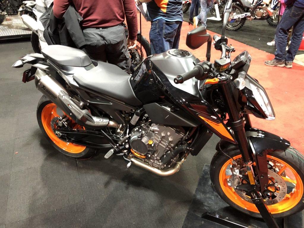 2020 KTM 790 Duke side profile