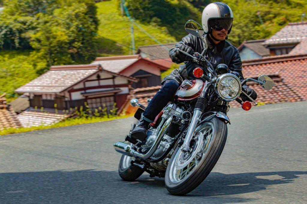 2020 Kawasaki W800 and W800 Cafe