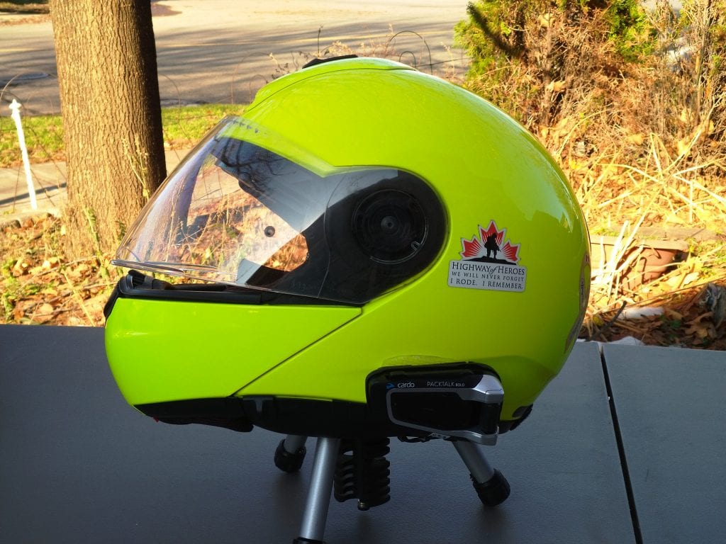 Cardo Scala Rider PACKTALK BOLD installed in SCHUBERTH C3 Pro