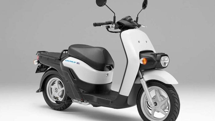 Benly-e electric scooter for Japan Post