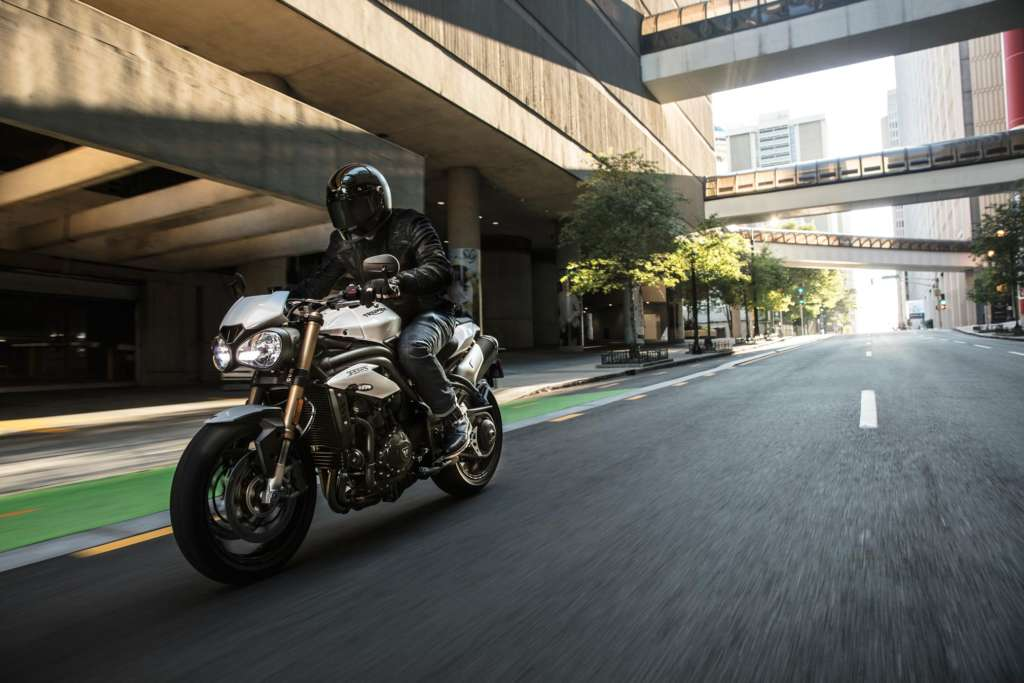 2020 Triumph Speed Triple S Triple Rs Specs Info Wbw