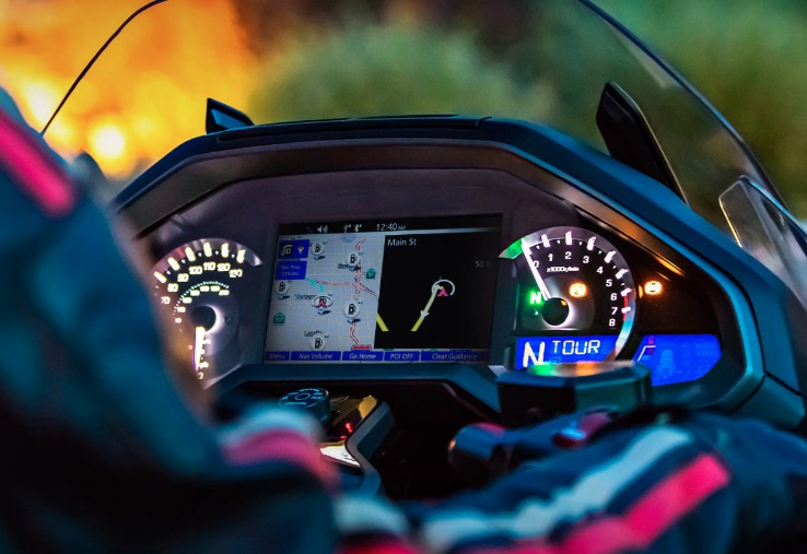 gold wing infotainment