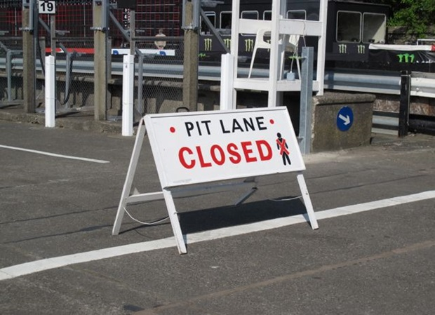 pit lane closed