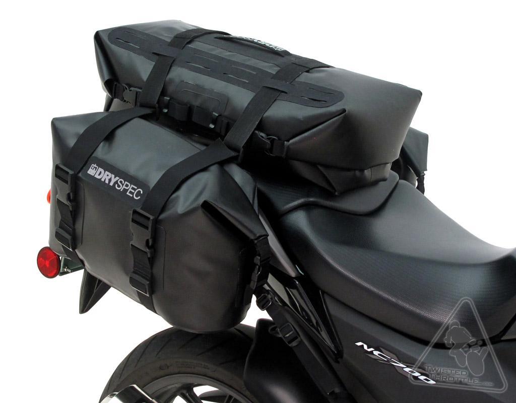 Dryspec D68 luggage system