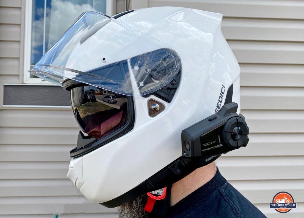 The Sedici Strada II helmet with a Sena 10C Evo installed on it.