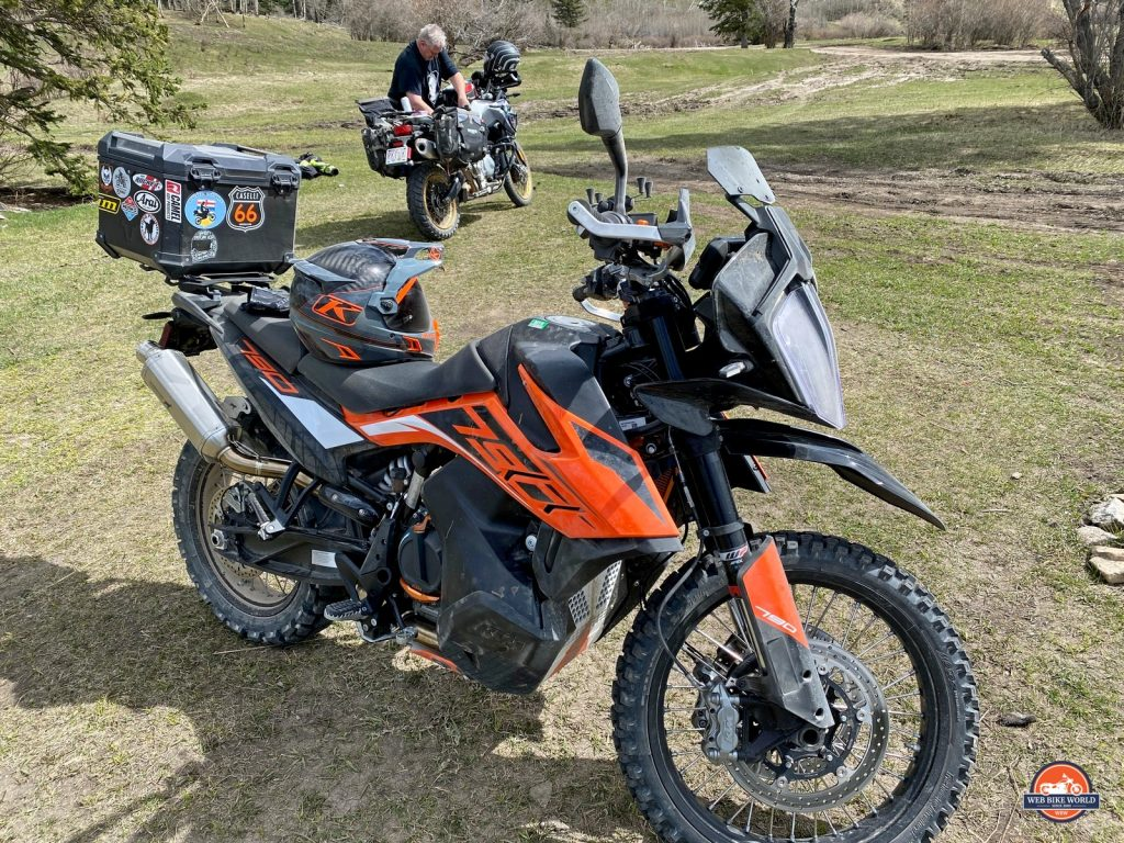 The Klim Krios Pro out on the trails with my KTM 790 adventure.