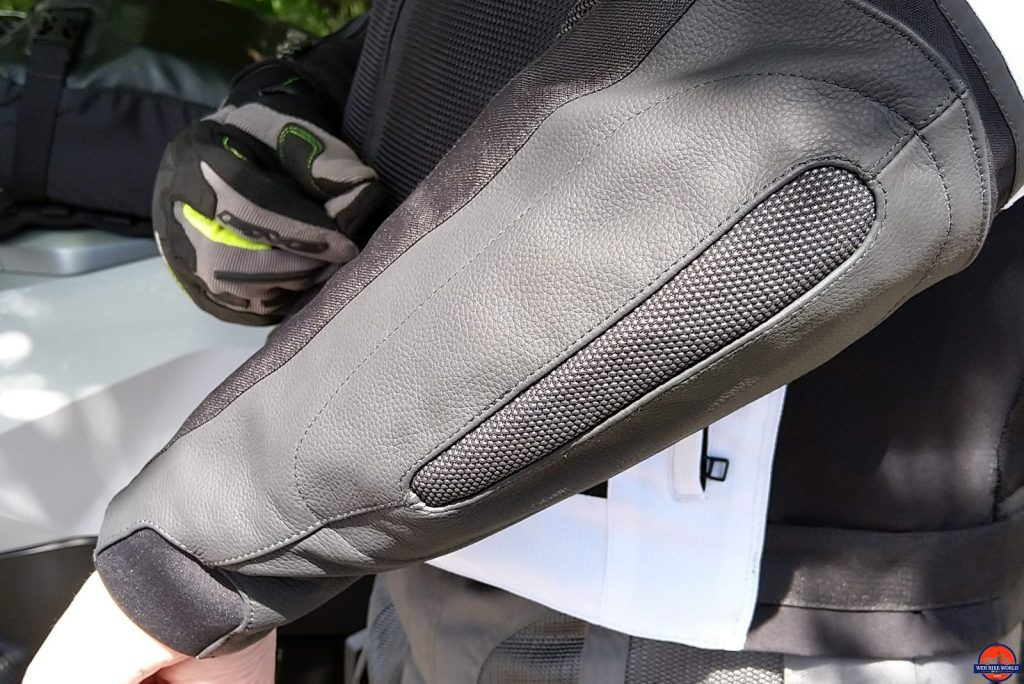 REAX Aprx Pro Mesh Jacket forearm armor