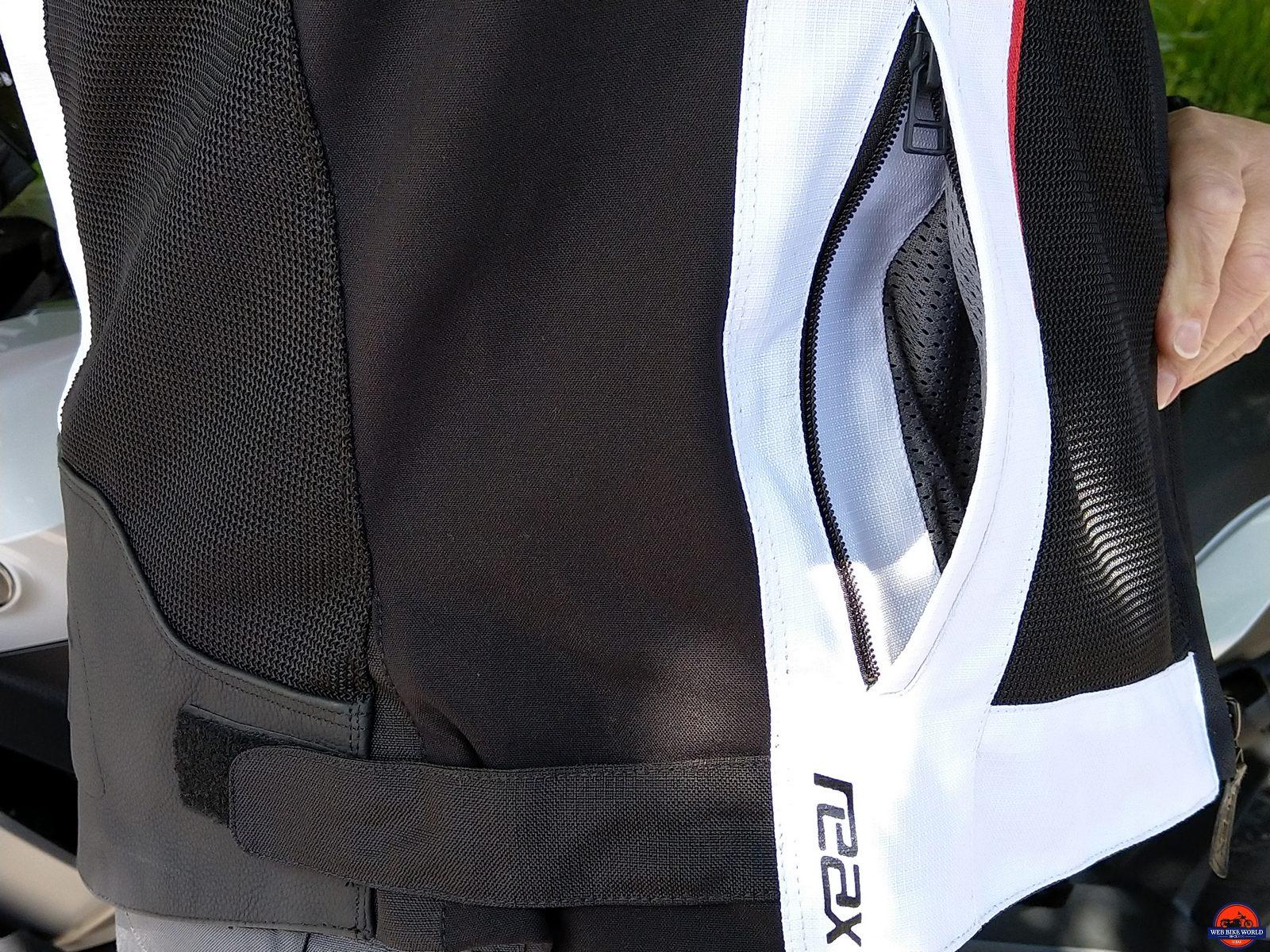 REAX Aprx Pro Mesh Jacket front pocket