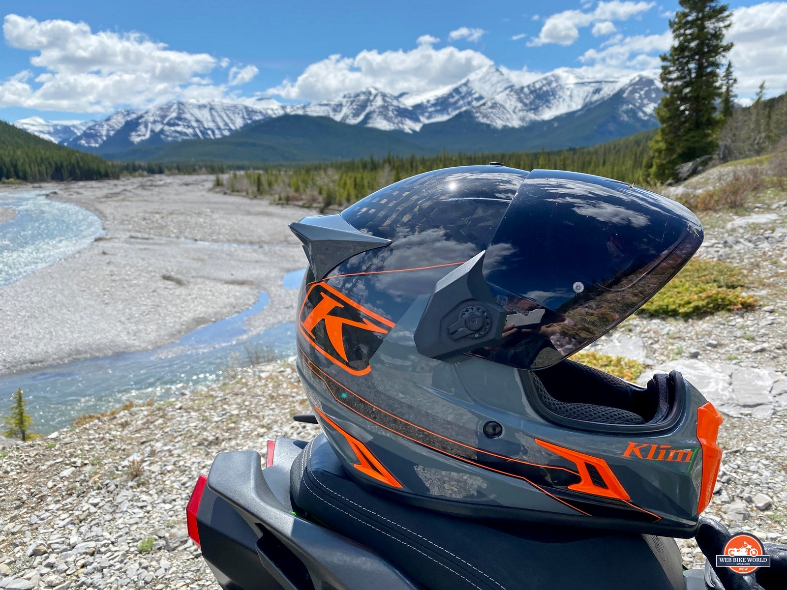 The Klim Krios Pro out in the wild.