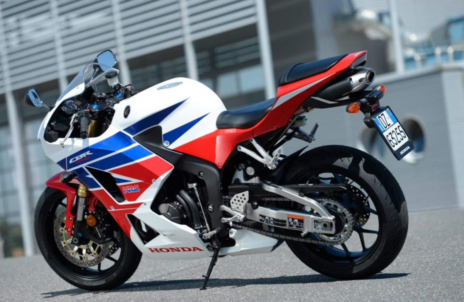 The Honda Cbr600rr R Will Be Revealed In August Maybe Webbikeworld