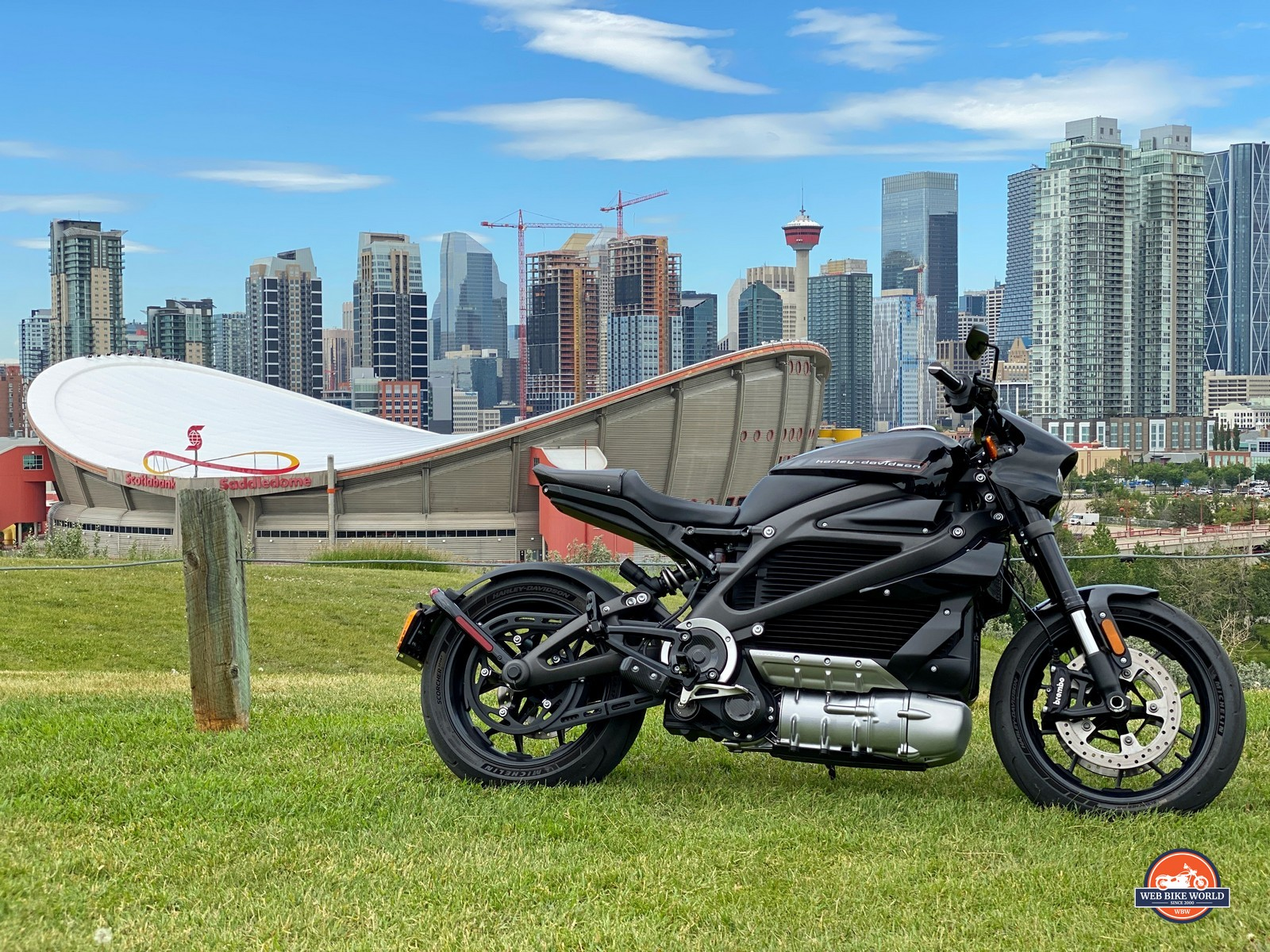 The Harley Davidson LiveWire in front of the Calgary Saddle Dome