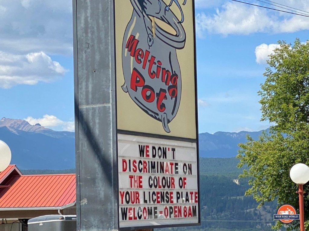A welcome sign in Radium, British Columbia.