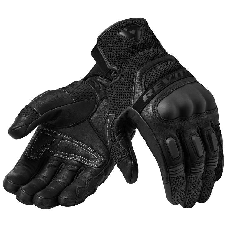 all-black color Dirt 3 gloves