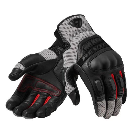 black and red color Dirt 3 gloves
