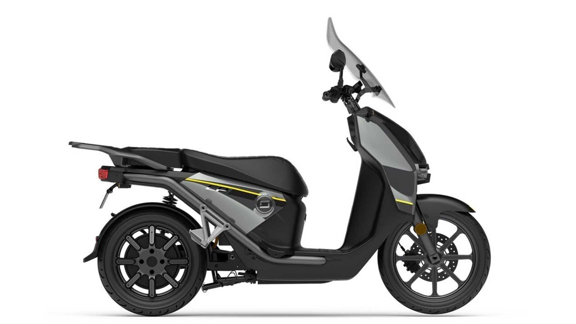 Super Soco CPx scooter