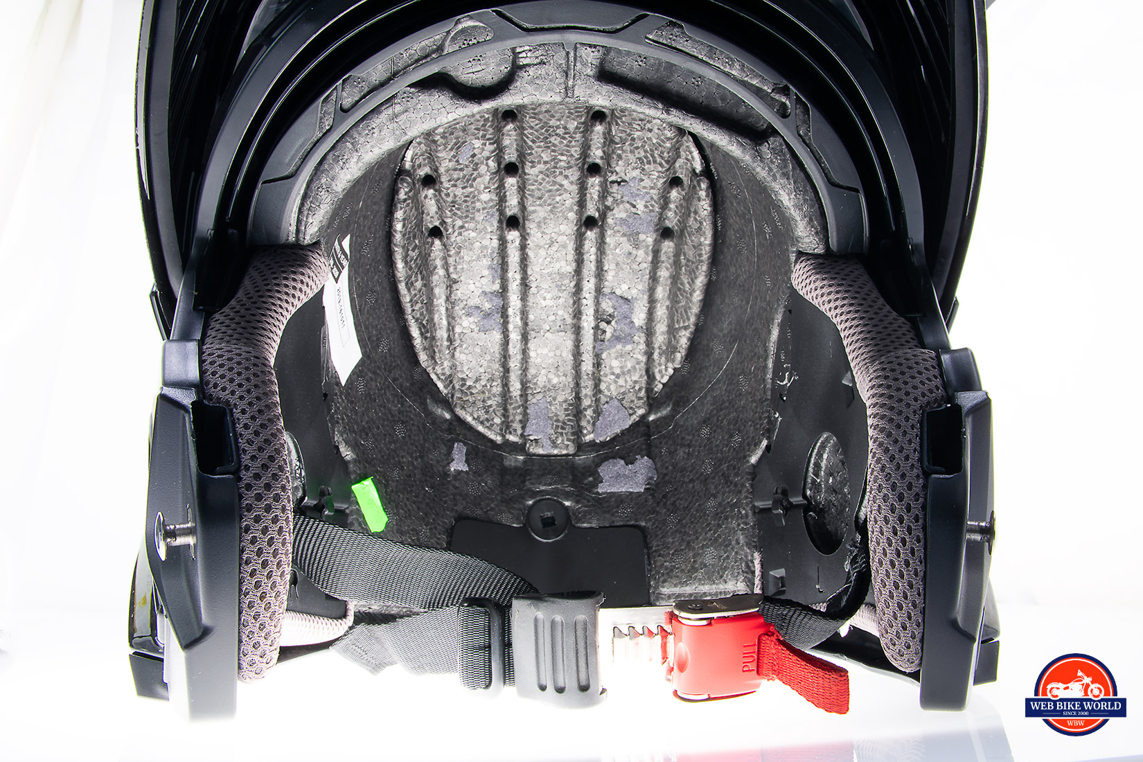 The inside air channeling of the Touratech Aventuro Traveller Carbon