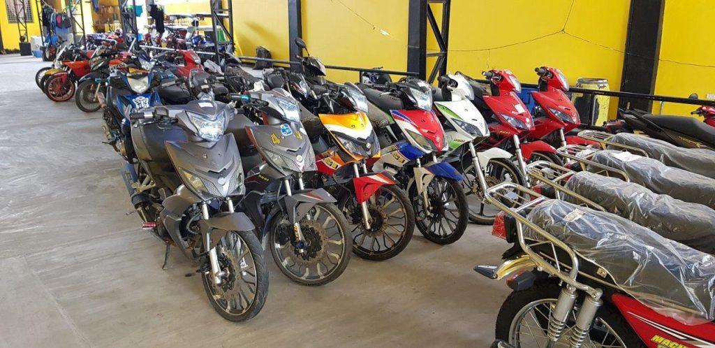 rusi bikes at dealership