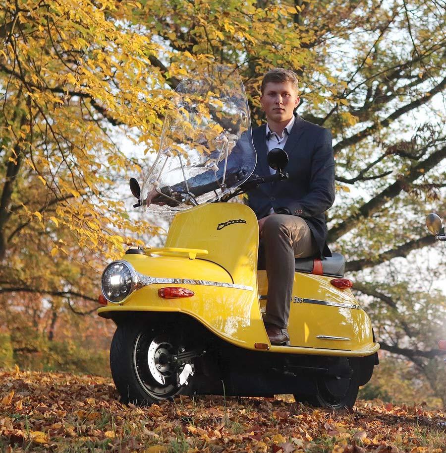 cezeta-electric-scooter