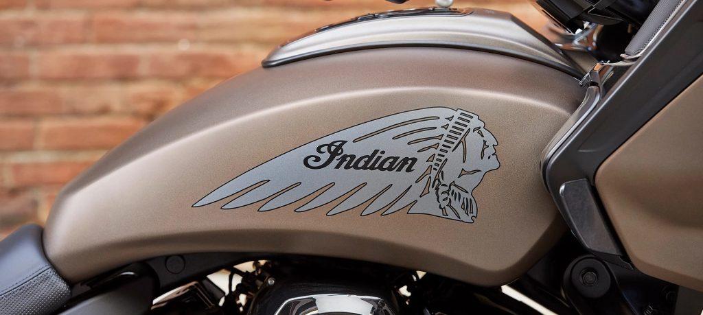 2021 Indian Challenger Dark Horse