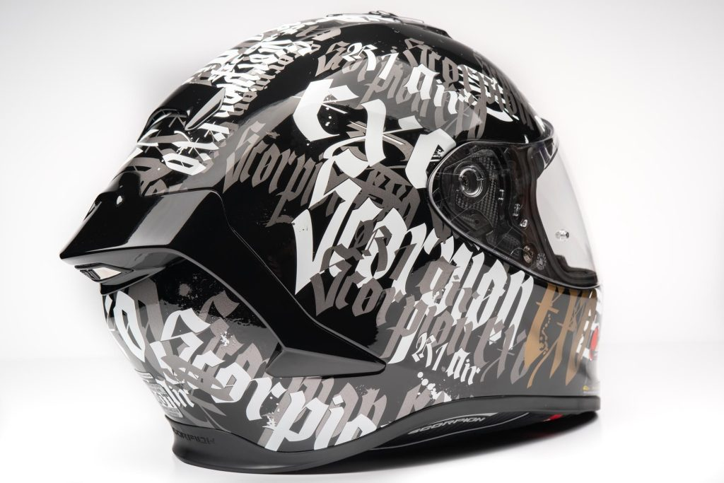 Rear view of the EXO R1 helmet that shows rear spoiler