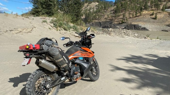 A KTM 790 adventure outfitted with Mosko Moto Reckless 80 v3.0 Revolver luggage.