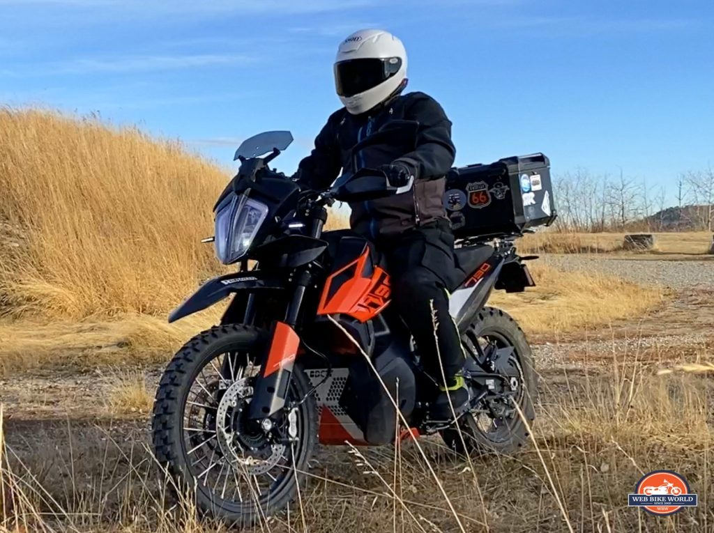 Me riding my KTM 790 Adventure while wearing the Shoei RF-1400 helmet.
