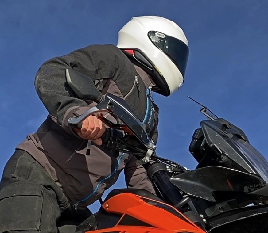 Me wearing the Shoei RF-1400 helmet.