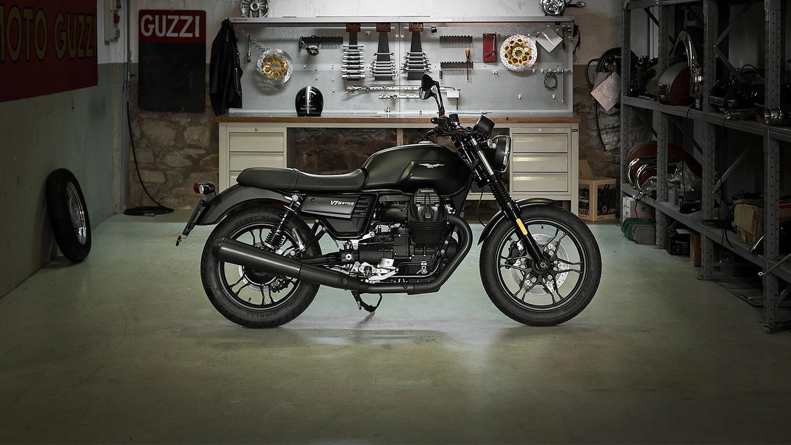2019 Moto Guzzi V7 III Stone 750