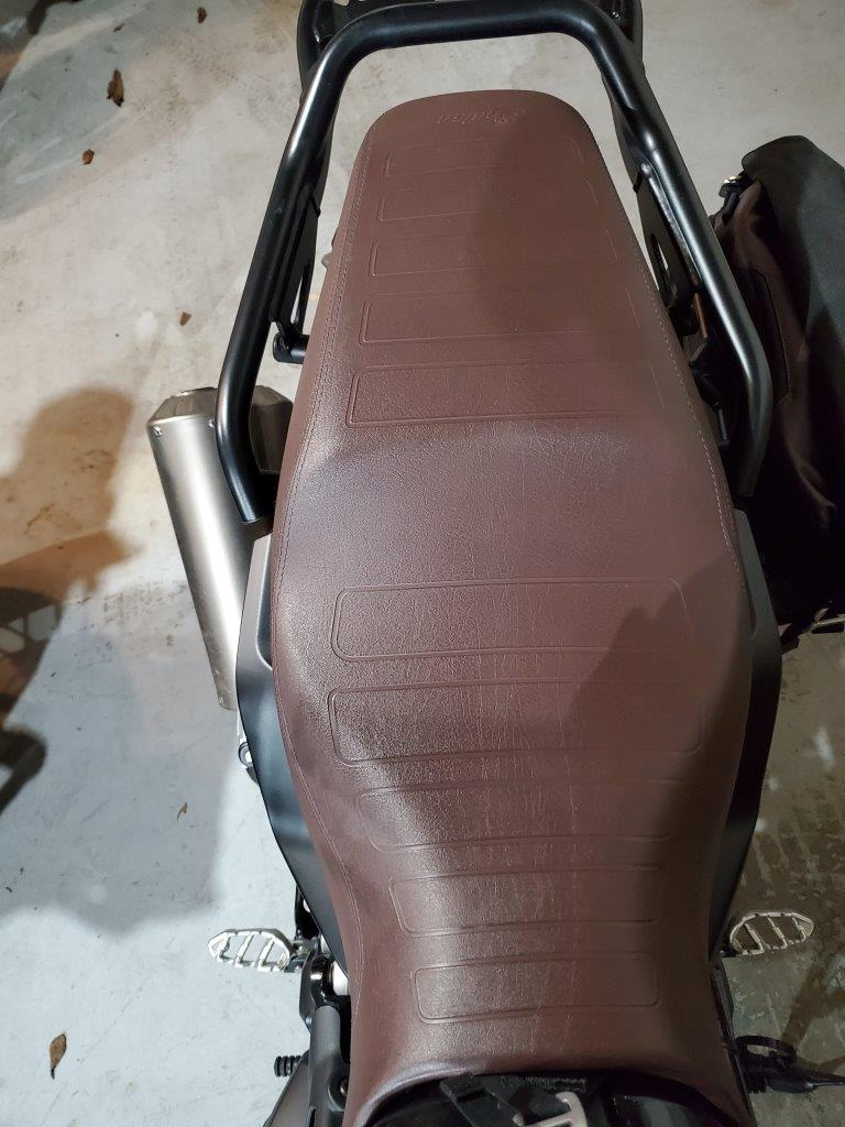 Indian FTR 1200 S brown all-weather vinyl aviator seat from the Indian Tour Accessory Package