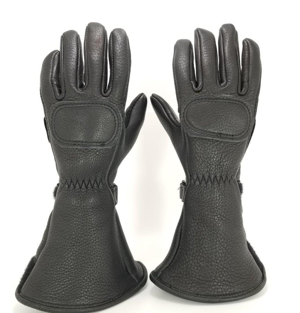 The Lee Parks Design Deersports gloves.