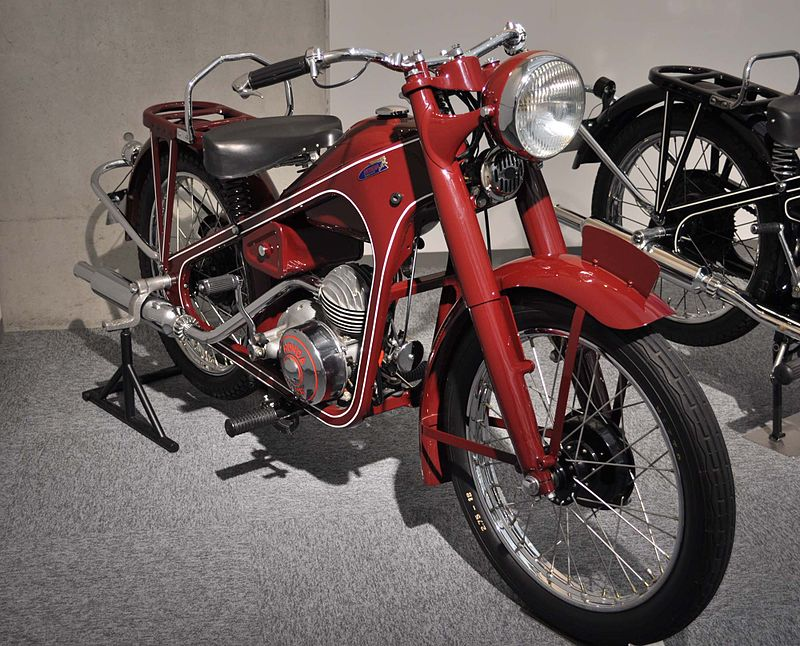 1949 Honda Dream Type-D Front Side View