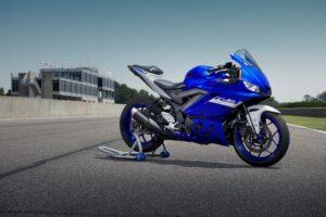 2021 Yamaha YZF-R3 & Monster Energy MotoGP YZF-R3