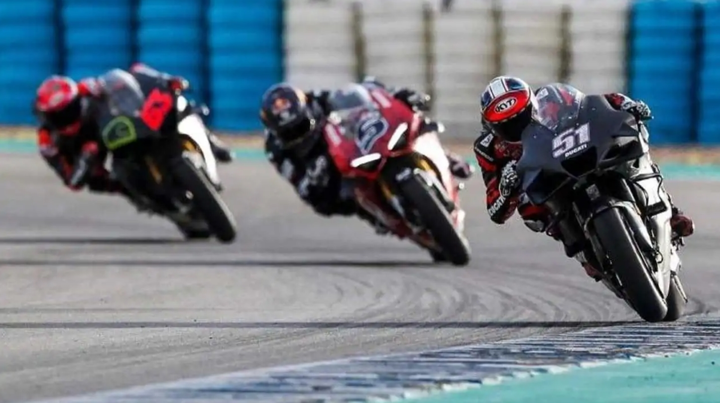 Ducati V4S Jerez Testing