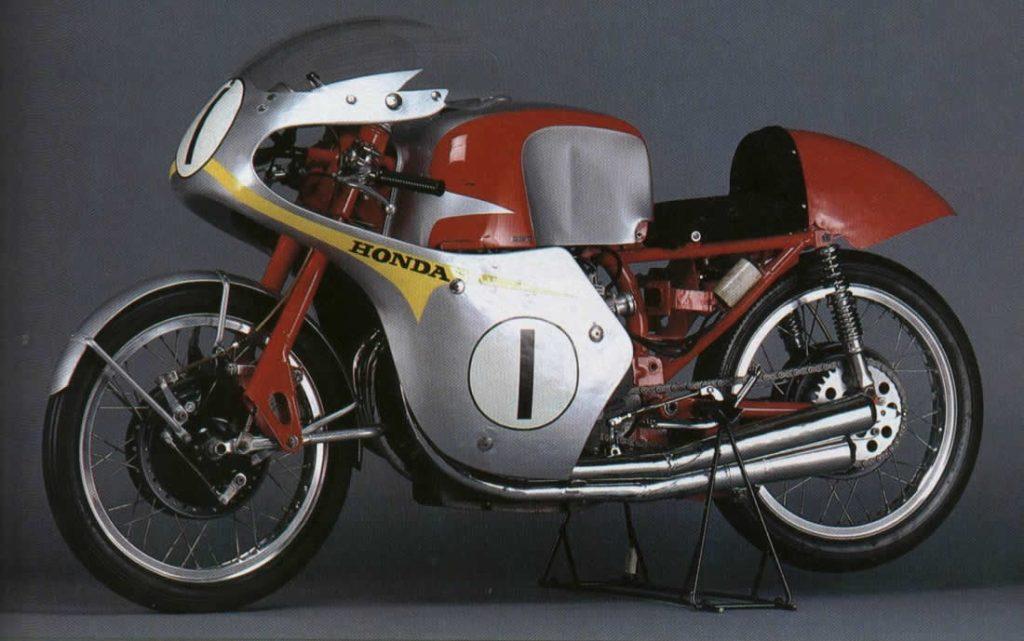 1959 Honda RC160 Side View