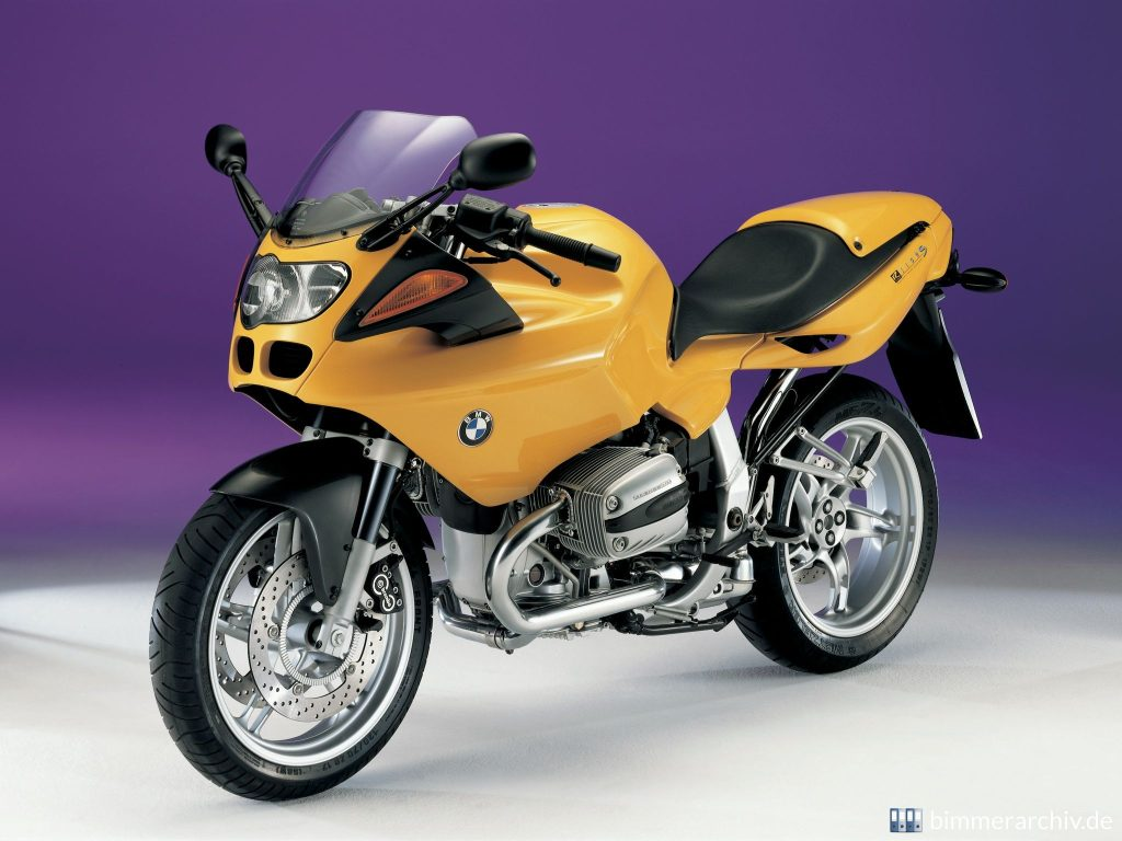 1998-2005 BMW R 1100 S Front and Side View