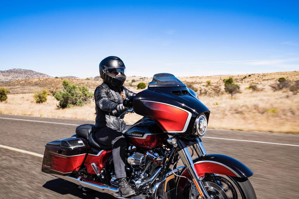2021 Harley Davidson CVO Street Glide