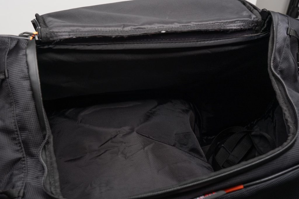 Main compartment of the 70086 Sentor bag