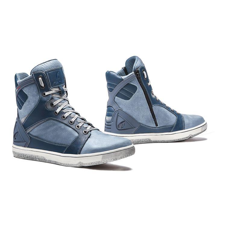 Forma Hyer Boots Denim