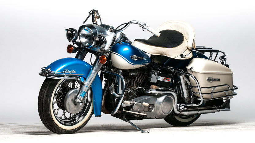 1965 Harley-Davidson FLH Electra-Glide Front and Left Side View