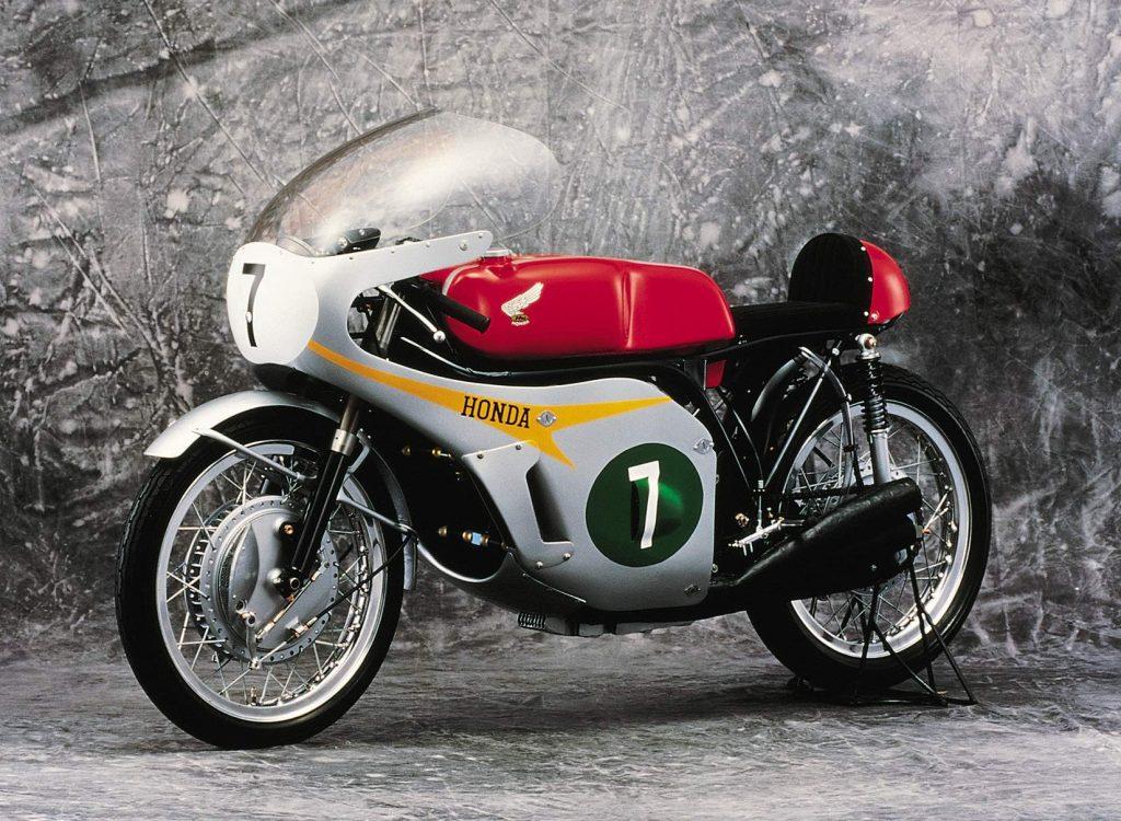 966 Honda RC166 Side View