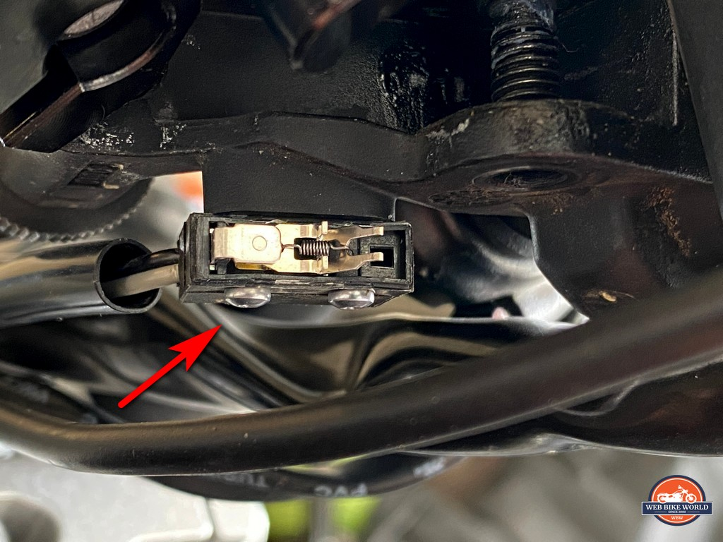 I broke the cover off the clutch position microswitch of my KTM 790 adventure.