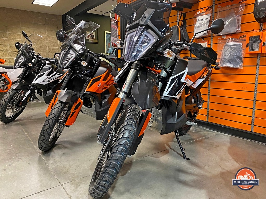 A KTM 790 adventure parked beside the 790R.