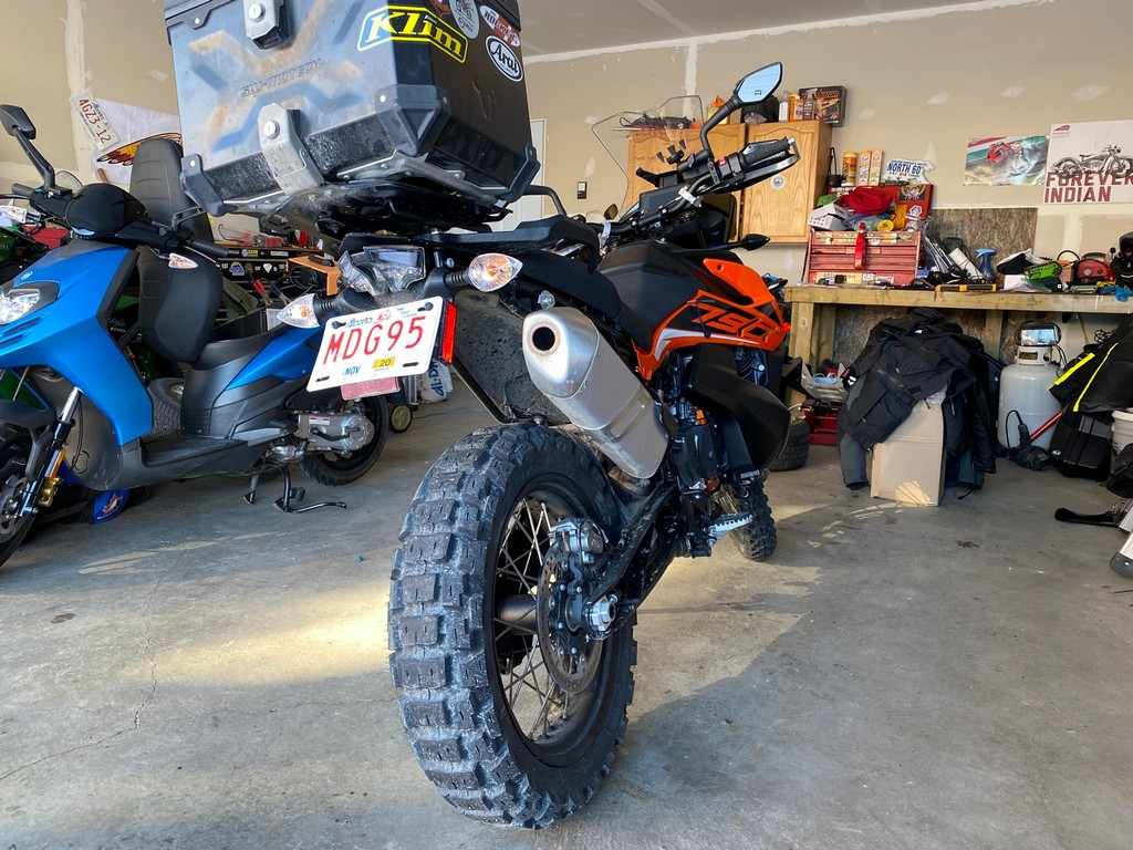 The KTM 790 adventure with Motoz Tractionator Adventure tires on it.